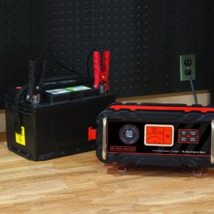 Using Your PORTABLE JUMP STARTER